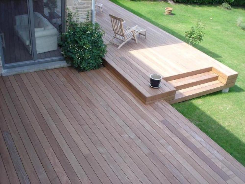 lame de terrasse en bois exotique